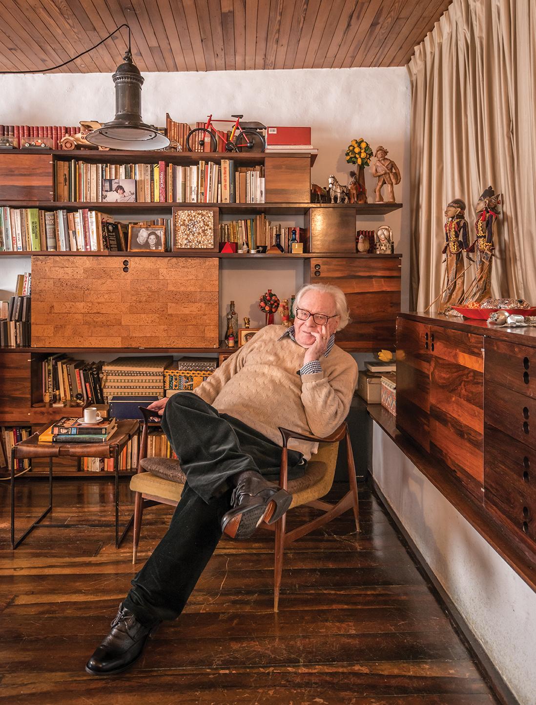 Designer Jorge Zalszupin